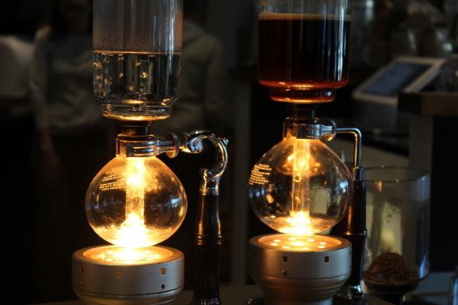 Siphon Coffee | © Lauren Pickens