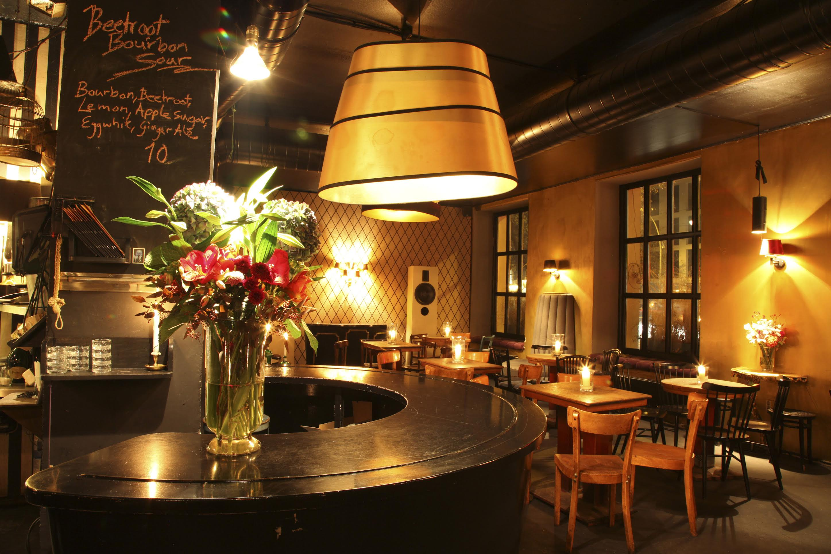 top bars in berlin 28 images 10 of the best cocktail bars in berlin travel the guardian. Black Bedroom Furniture Sets. Home Design Ideas