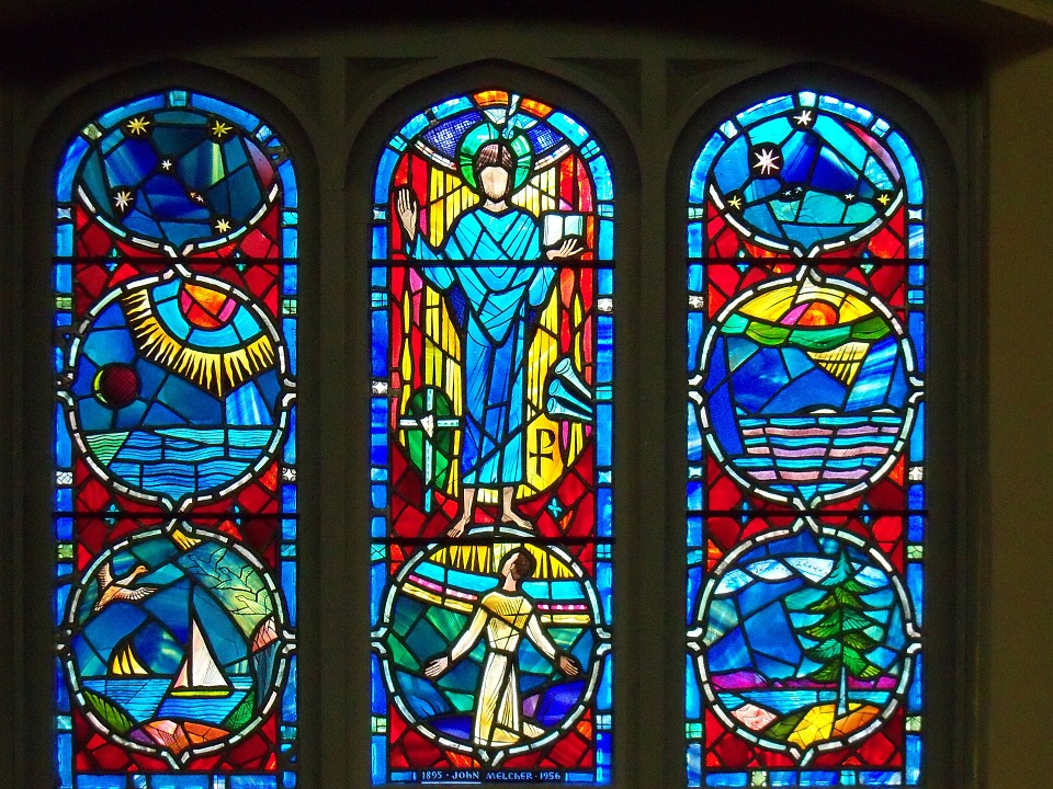 Stained Glass Windows : France s most beautiful stained glass windows