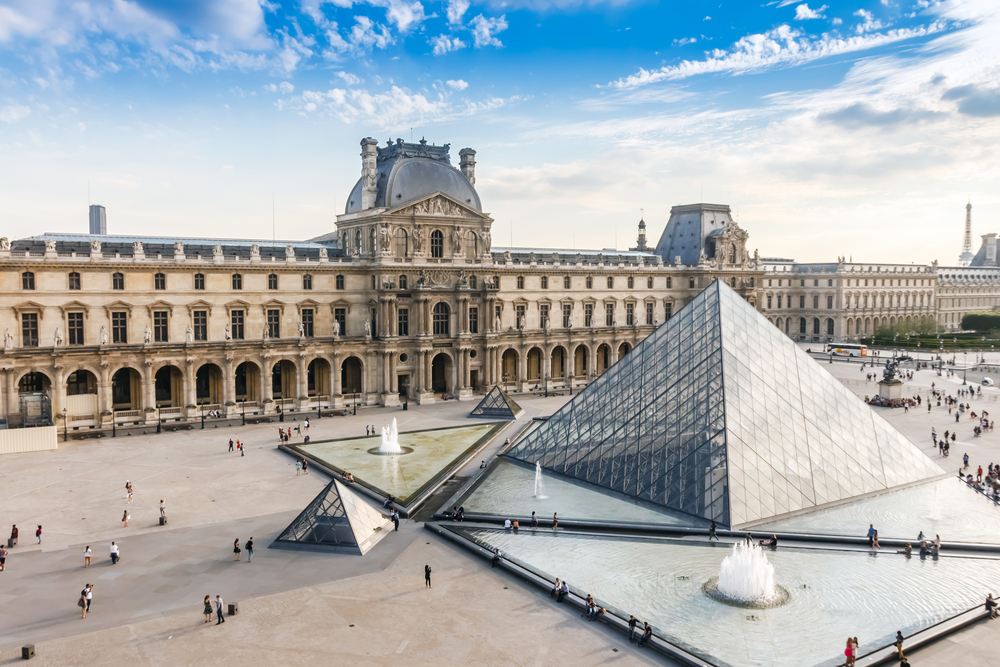 The Louvre Museum is one of the world's largest museums and the most popular tourist destinations in France | © pichetw/Shutterstock