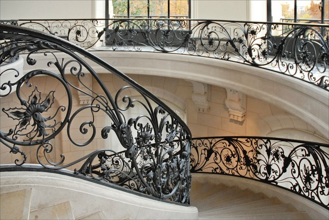 the beautiful staircases of paris. Black Bedroom Furniture Sets. Home Design Ideas