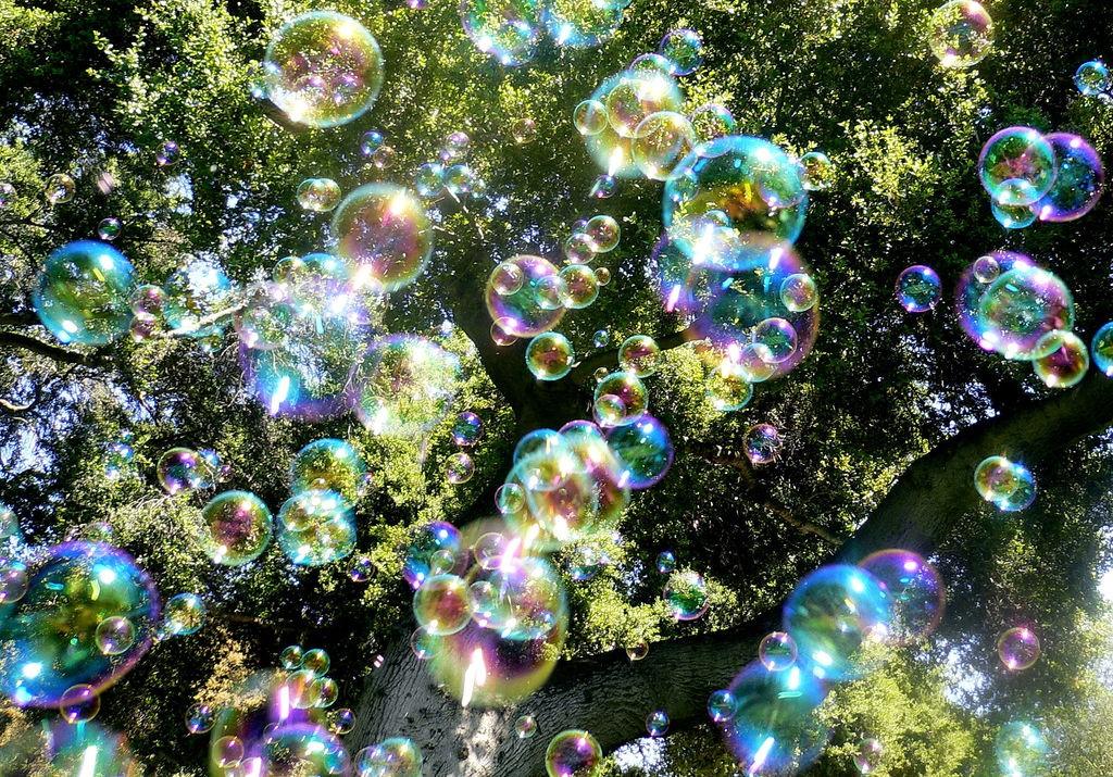 Bubble rain   © Steve Jurvetson / Flickr