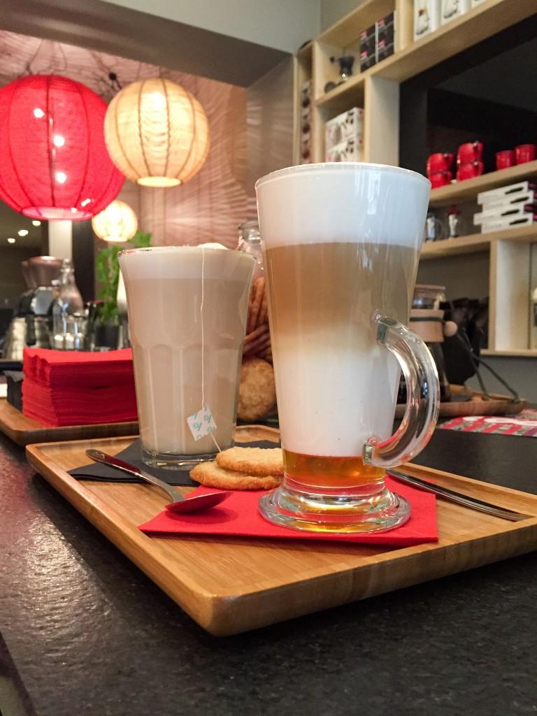 Chaï tea latte and latte macchiato with vanilla | Courtesy of Anna