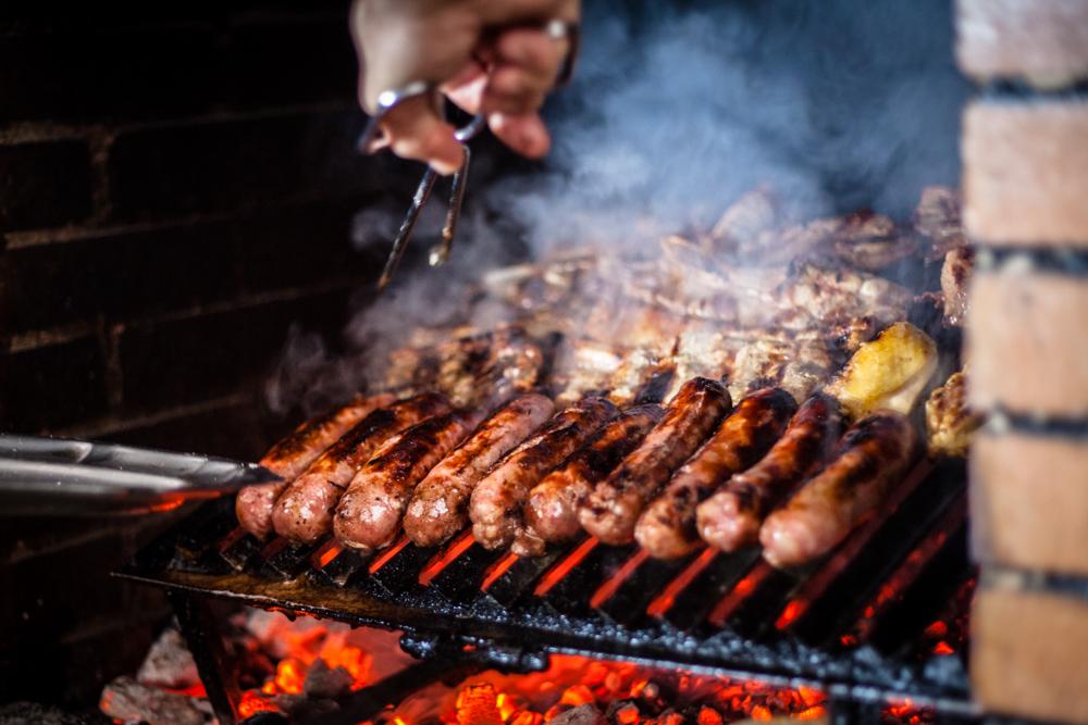 Chorizos criollos y churrasco | © Dani Vázquez/Flickr