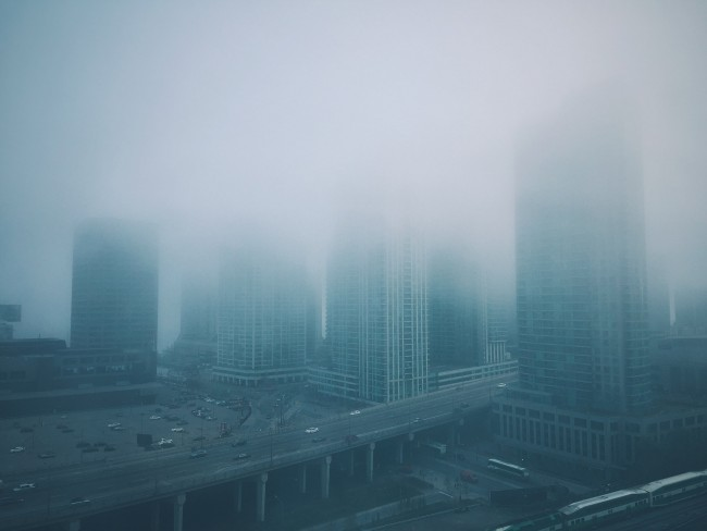 Toronto in the fog | © Adam Schoales/Flickr
