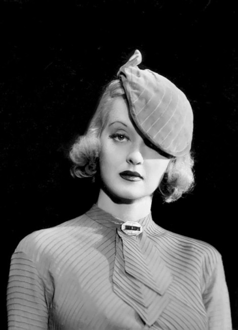 Bette Davis by Elmer Fryer – 1934   © Ŧhe ₵oincidental Ðandy/Flickr