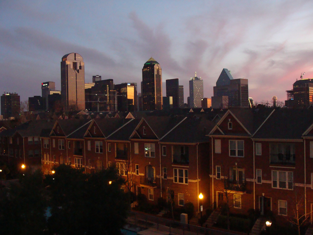 The 10 trendiest neighborhoods in dallas texas for Live oak rooming house dallas tx