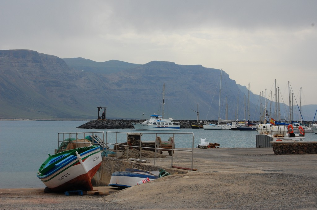 La Graciosa Harbour |© georgeowensfx / Flickr