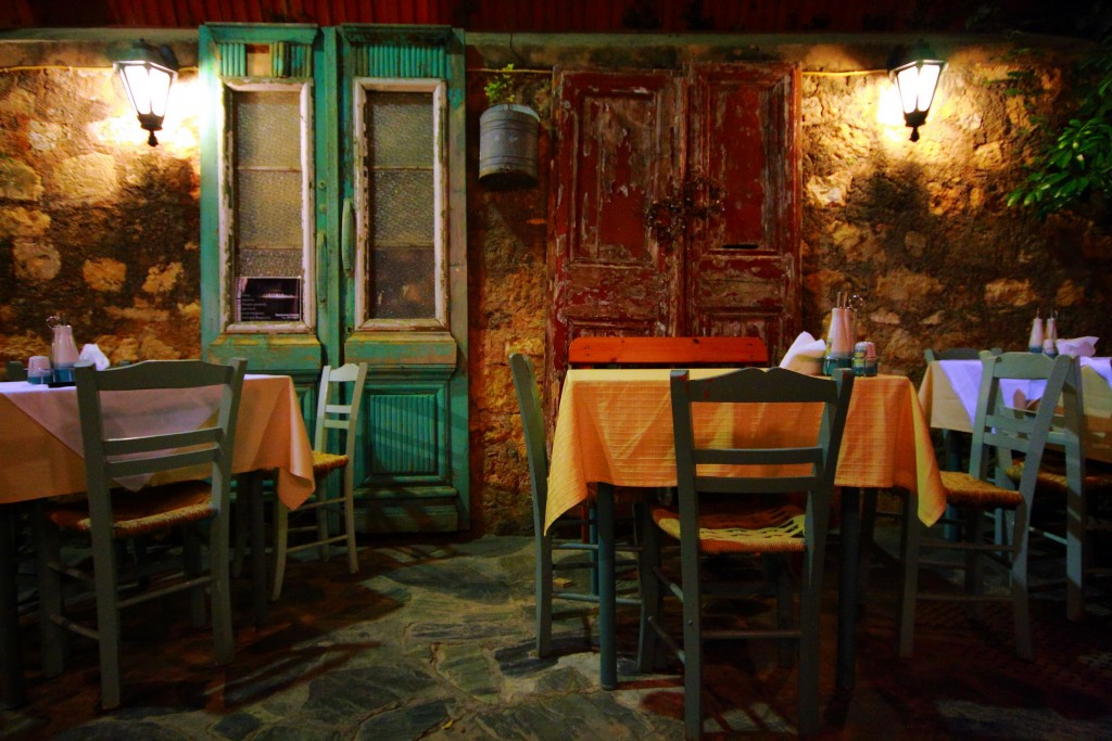 Dining in Old Town | © Vassil Tzvetanov/Flickr