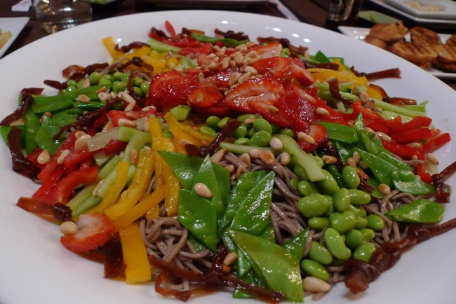 Soba Salad at Cha-Ya © Arnold Gatilao