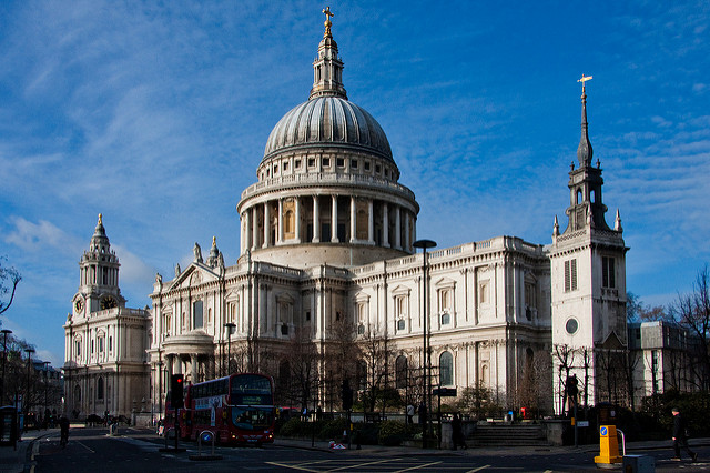 St Paul's Cathedral on a sunny winter's day | © Garry Knight/Flickr