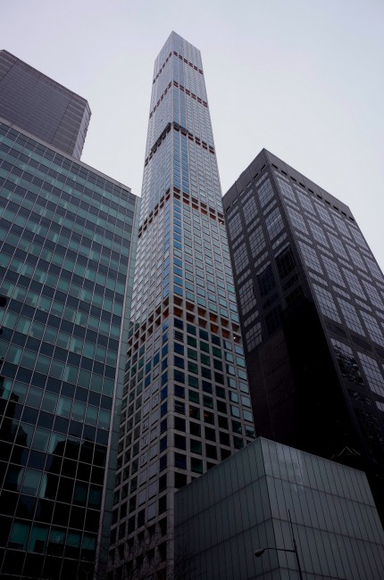 A view of 432 Park from 58th street. | © Smart Scott Photography