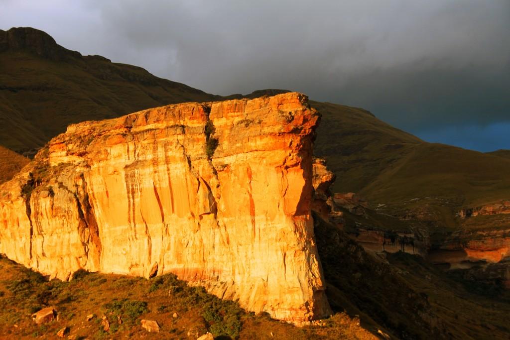 The Brandwag Rock near Clarens | © Martie Swart/Flickr