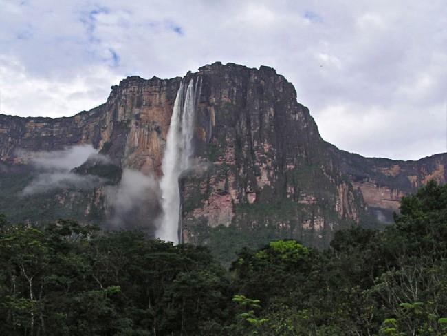 Angel Falls, Venezuela | © EvaK/WikiCommons