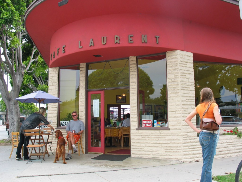 Cafe Laurent © Dan Phiffer / Flickr