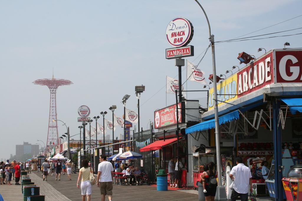 Coney Island 014| © Nithin Shenoy/flickr