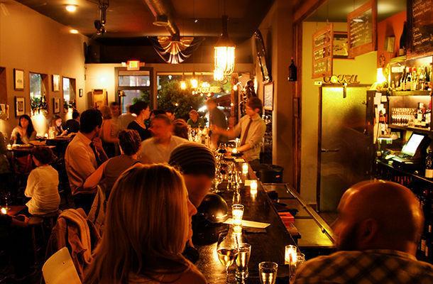 the 10 best bars in los feliz. Black Bedroom Furniture Sets. Home Design Ideas