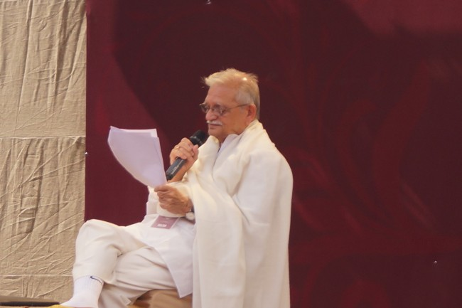 Gulzar Reciting Nazm |© Ankita Siddiqui