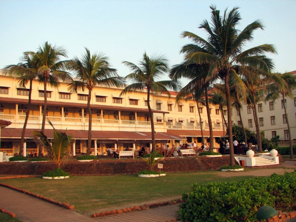 Galle_Face_Hotel_02 - Commons