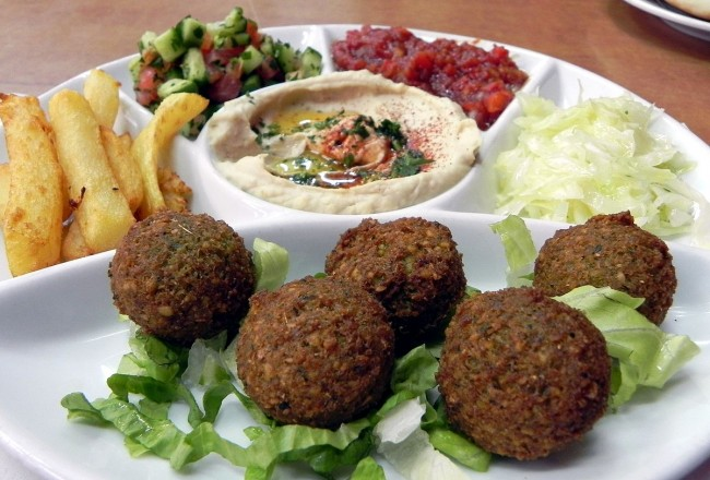 Falafel┃© young shanahan/Flickr