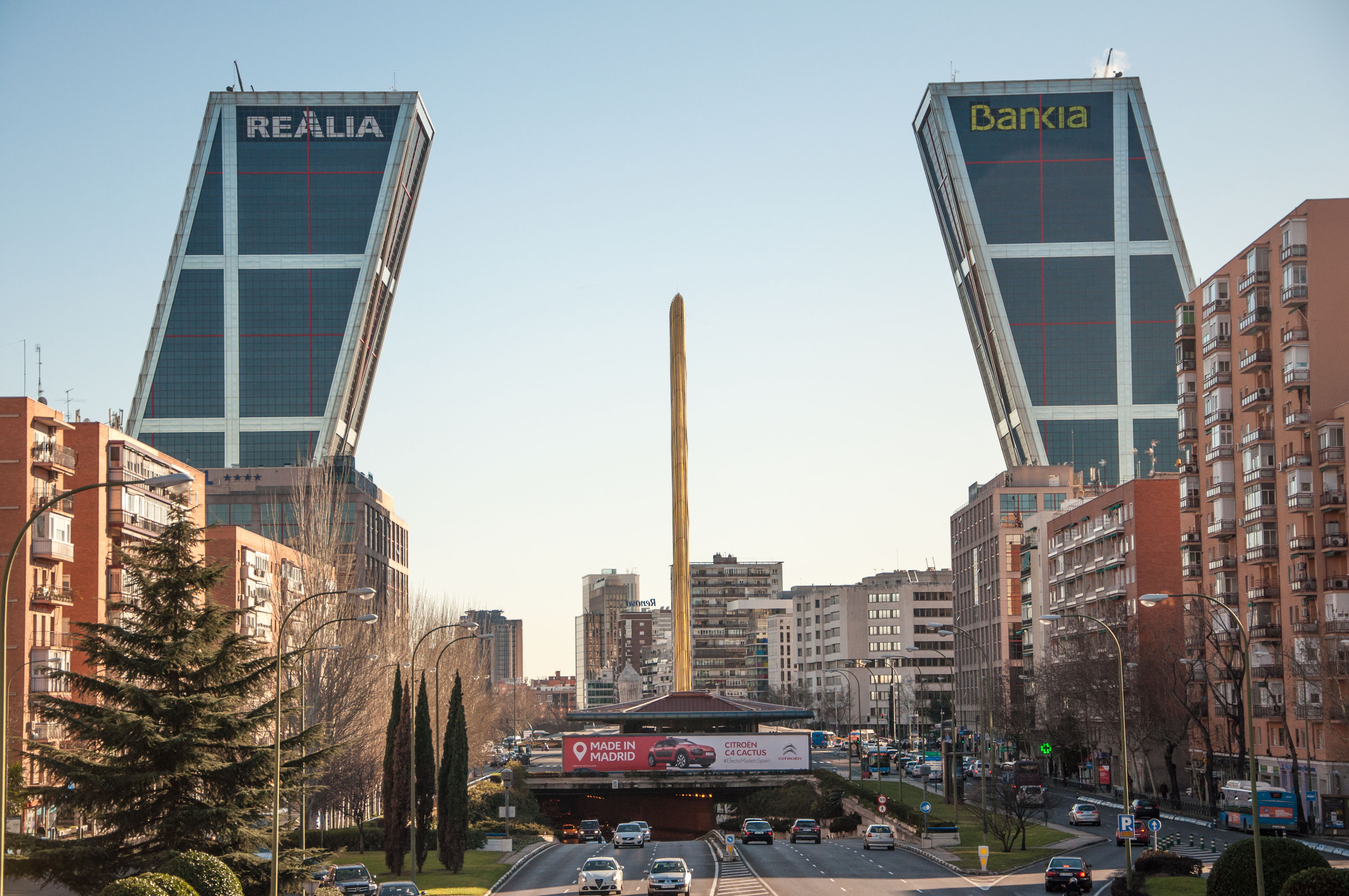 Madrid 39 s architecture from the 1960s to 2000s for Caja madrid particulares oficina internet