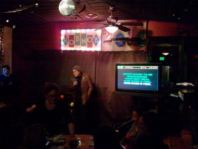 Karaoke at Hobnob (c) George Kelly/Flickr