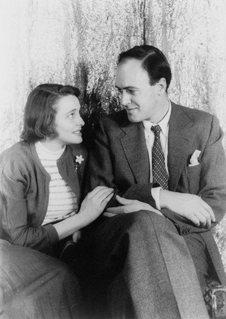 Patricia Neal and Roald Dahl, 1954 (Carl Van Vechten) | © Van Vechten Collection at Library of Congress/WikiCommons