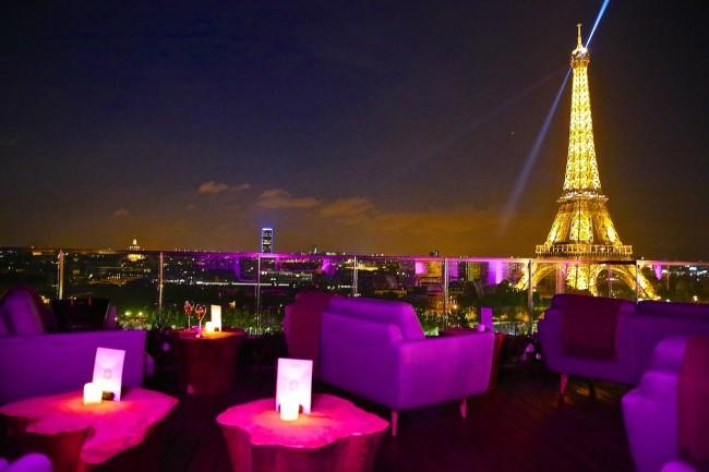 rooftop restaurants in paris to enjoy the view. Black Bedroom Furniture Sets. Home Design Ideas