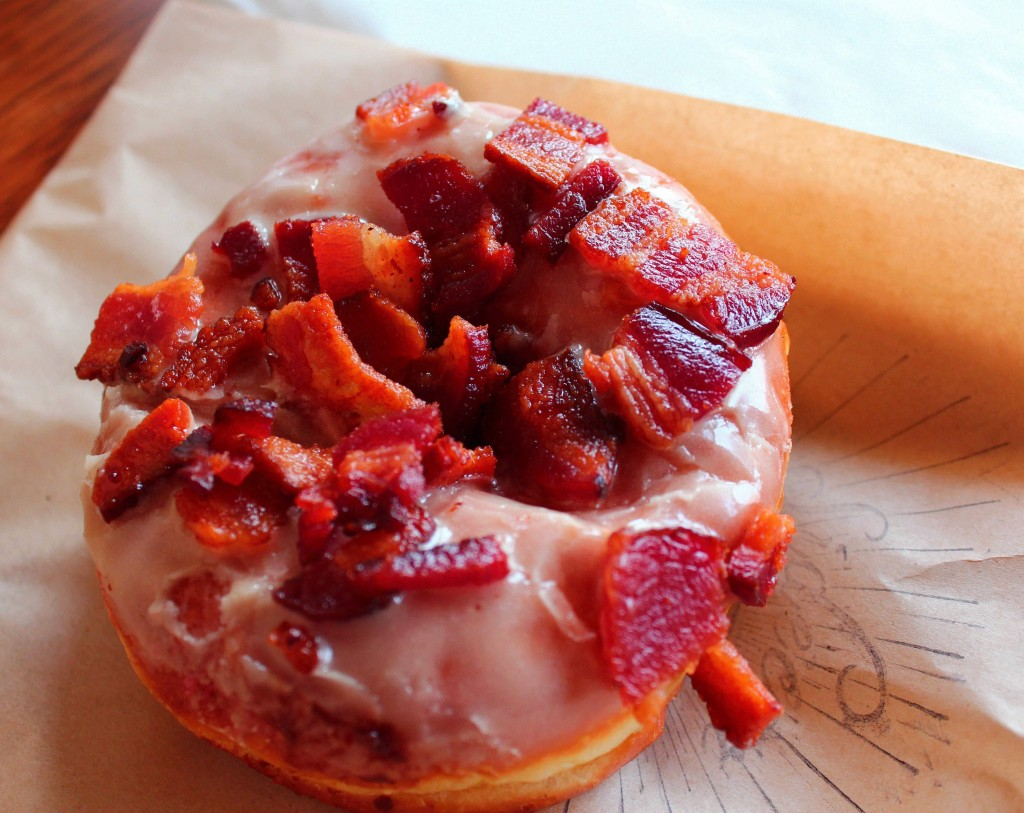 Maple Bacon Doughnut |©L.A. Foodie/Flickr