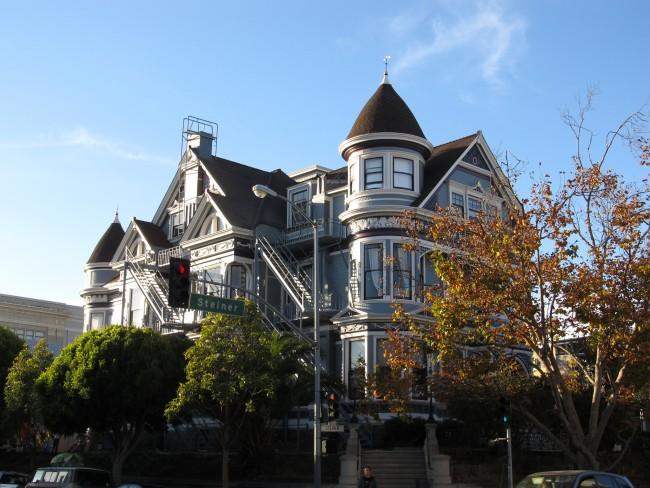 Victorian Mansions in Pacific Heights © Ken Lund/Flickr