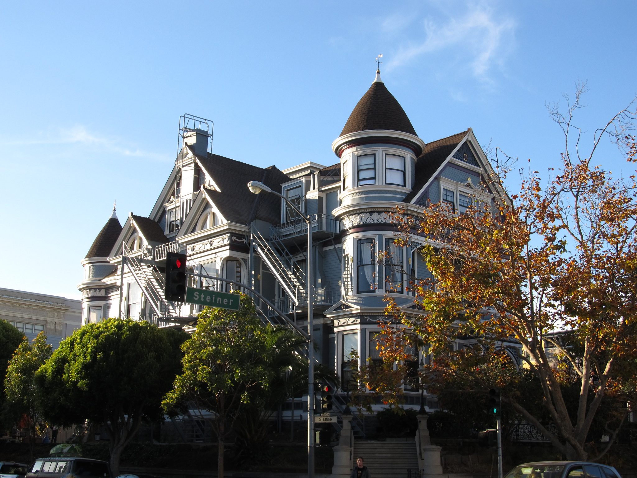 Top 10 Non Touristy Things To Do Around Pacific Heights