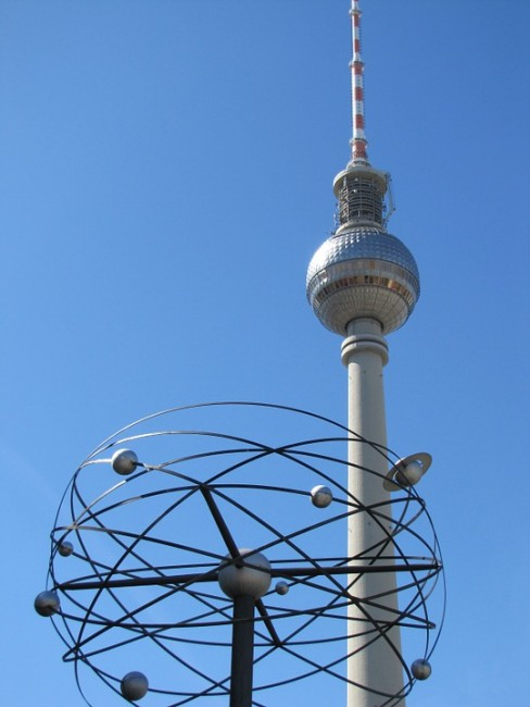Berlin TV Tower|Courtesy of photovicky / pixabay