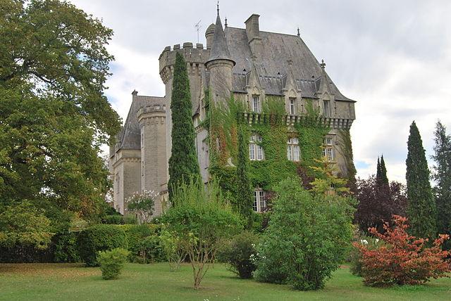 Chateau de Pitray | © WikiCommons