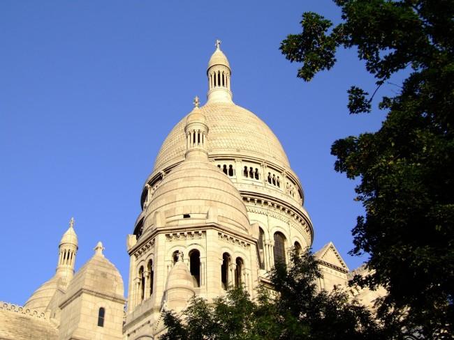 View of Sacré Coeur, Montmartre/pixabay