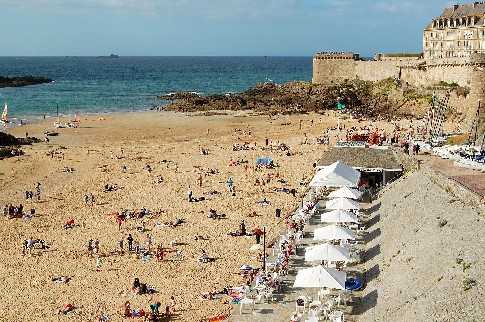 the 10 best restaurants in saint malo brittany. Black Bedroom Furniture Sets. Home Design Ideas