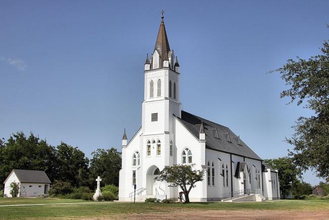 St. John the Baptist Catholic Church | © Larry D. Moore/WikiCommons