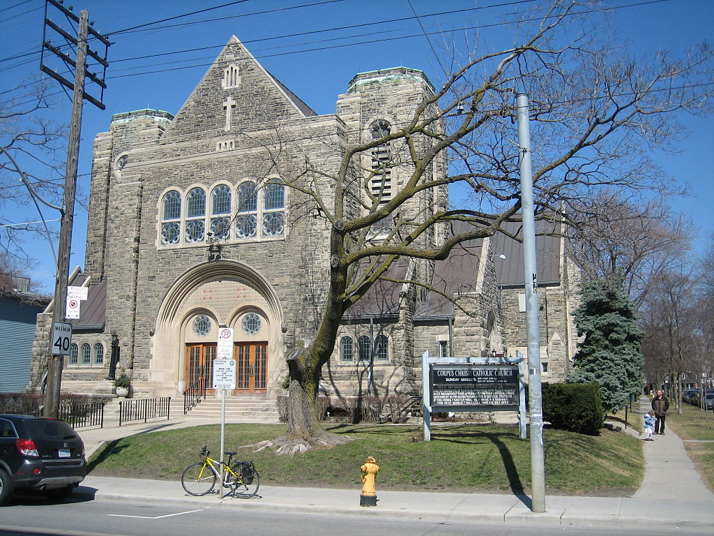 10 of toronto 39 s most stunning churches cathedrals. Black Bedroom Furniture Sets. Home Design Ideas