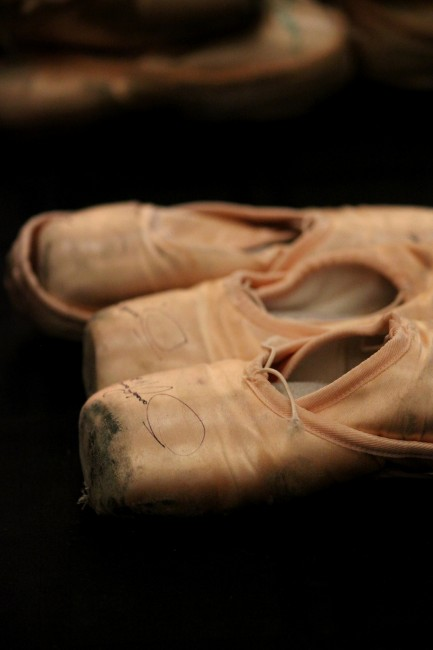 Ballet slippers © Helen Melissakis / Flickr