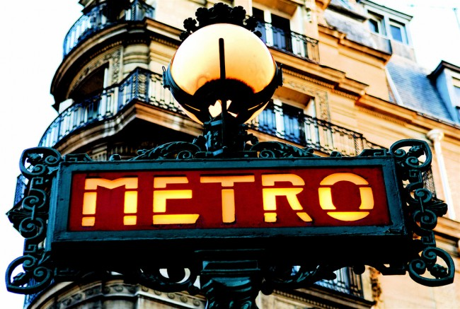 Paris Metro   © Pedro Ribeiro Simões/Flickr