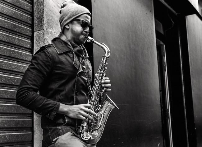 Street music, Paris   ©Vincent Anderlucci/Flickr