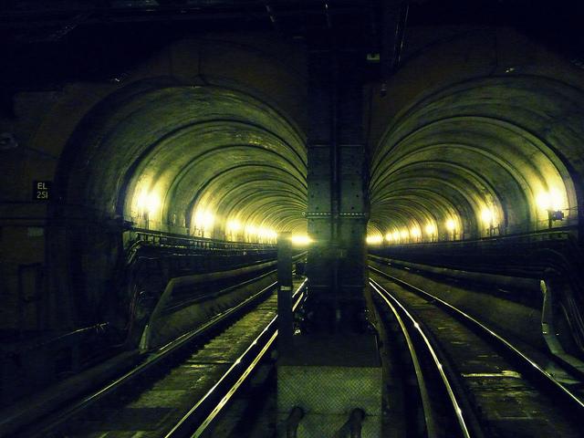 Thames Tunnel Walk © Stuart Chalmers