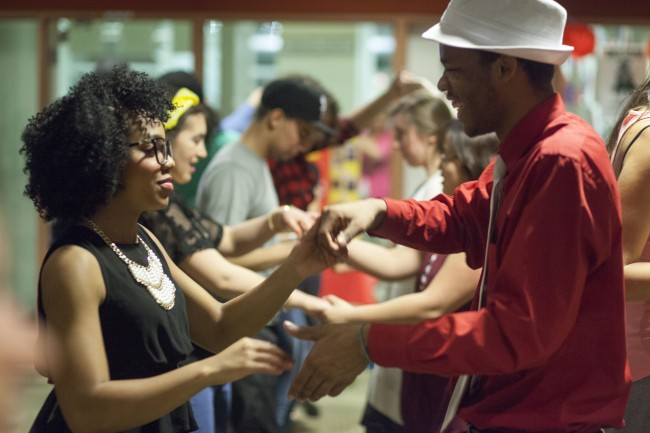Salsa/Merengue/Bachata Dance at College of DuPage Feb. 2015 26 | © COD Newsroom/Flickr