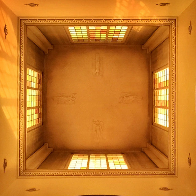 Ceiling of the Dulwich Mausoleum | © Barry Caruth/Flickr