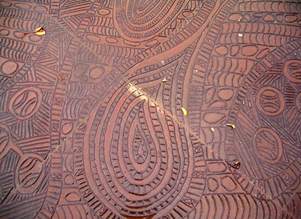 Aboriginal Pavement Art  © Ruth Hartnup/Flickr