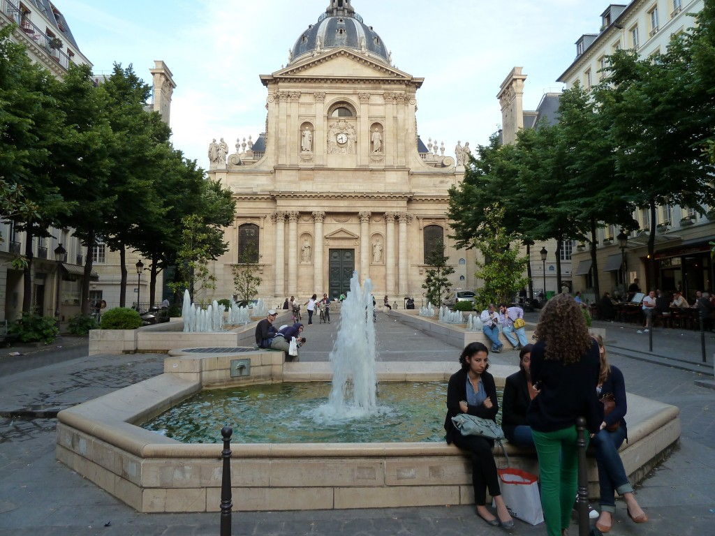 The oldest most beautiful buildings in paris for Sorbonne paris