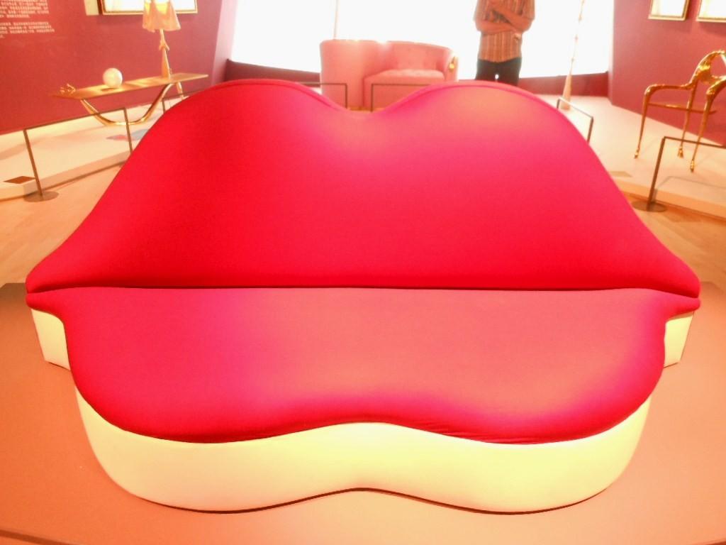 The Mae West Lips sofa | © Michael Coghlan/Flickr
