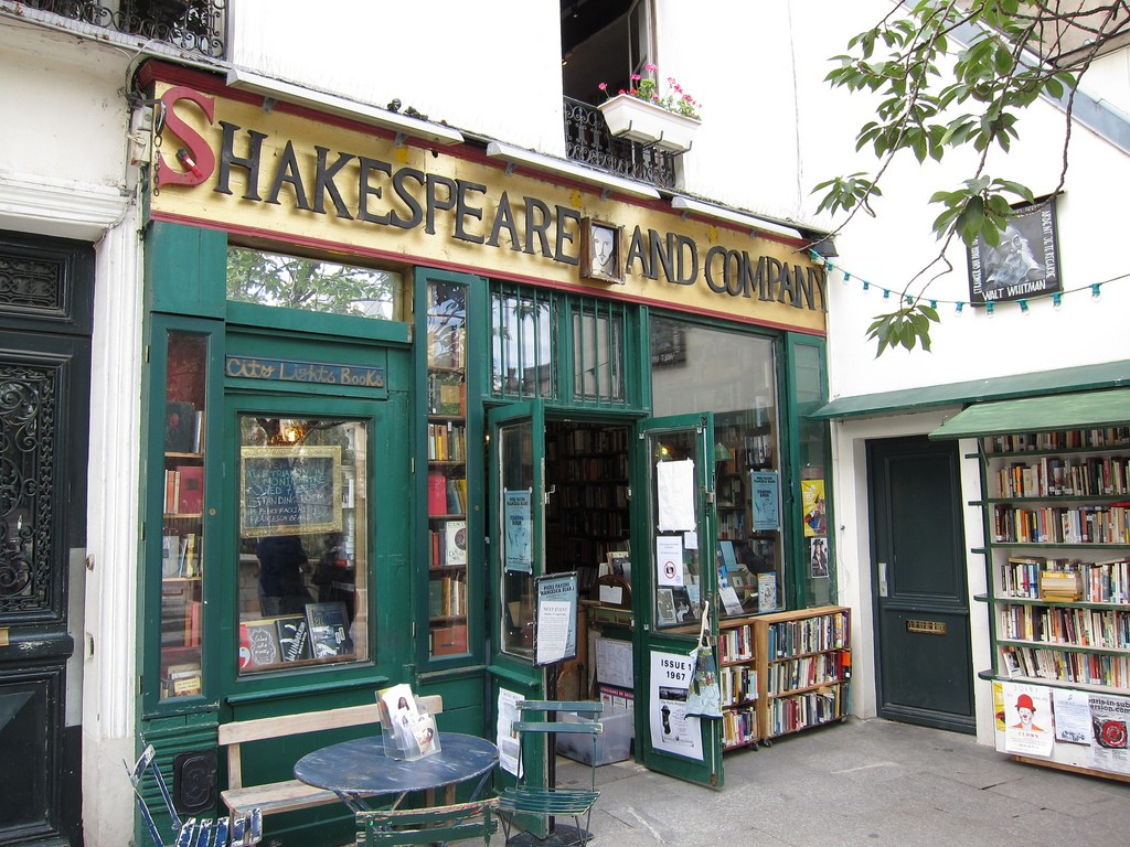 Shakespeare and Company, a shop with a long history | © Niall McNulty / Flickr
