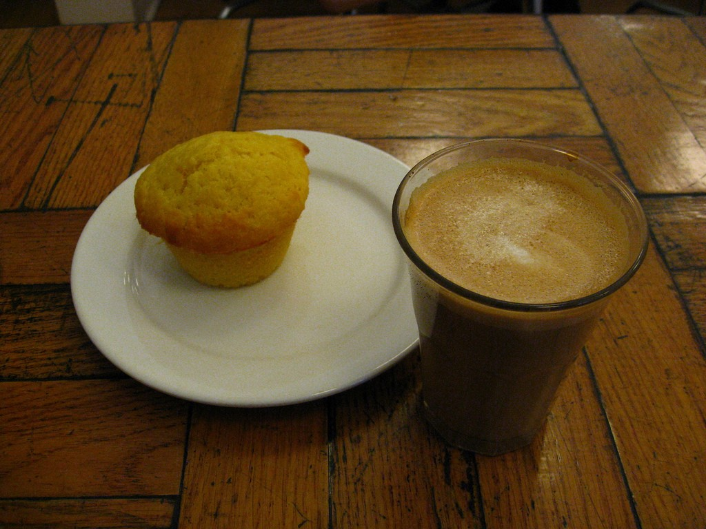 White Squirrel Coffee and Cornmeal Lemon Muffin | © Glen MacLarty / Flickr