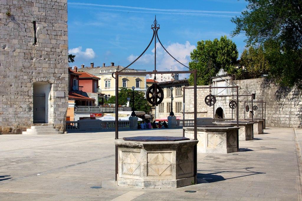 Five Wells Square, Zadar | © Ramón/Flickr