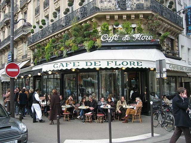 Café de Flore in Paris|© Arnaud 25/WikiCommons